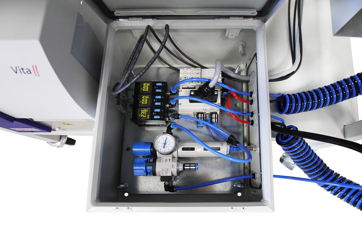 MCD Elektronik GmbH - EOL Test System for Floor Heating Systems