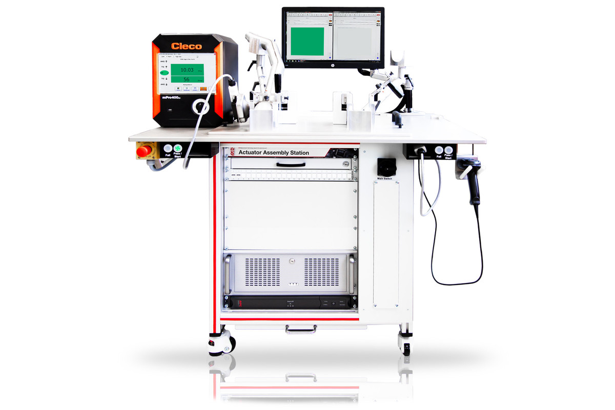 MCD Elektronik GmbH - Assembly and Test Station for Vehicle